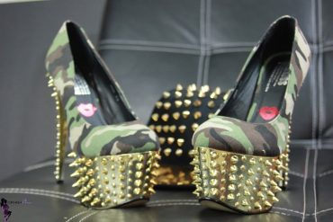 Military Spiked Pumps B